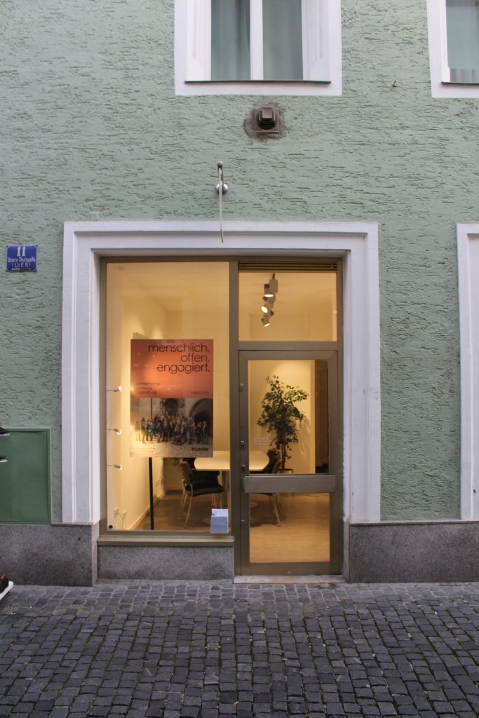 bruecke Regensburg Büro